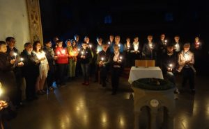 Read more about the article Hauskirche – Die betende Urgemeinde