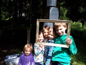 Read more about the article Kinder – Sommerkirche im Wald