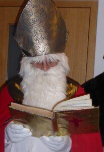 Der Nikolaus macht sich auf den Weg